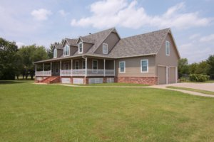 Owasso Home For Sale - 13223 East 101st St N, 74055